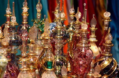 Cele mai importante motive pentru care sa porti parfumuri cu arome orientale