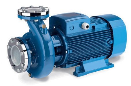 Hidrofor vs. pompa submersibila – tu stii de ce dispozitiv ai nevoie in gospodaria ta?