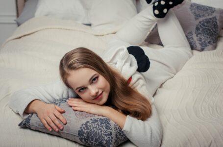 Idei de cadouri originale: pijamale de damă personalizate