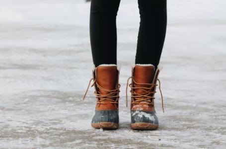 3 caracteristici pe care trebuie să le aibă ghetele de iarnă