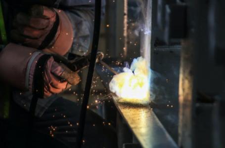 5 măsuri de protecție la un loc de muncă (industrial)