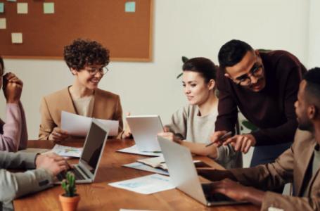Care sunt principalele beneficii ale externalizării serviciilor IT din compania ta?