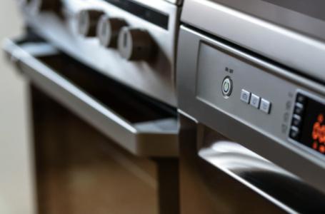 6 metode prin care poți reduce consumul de energie dacă locuiești la casă