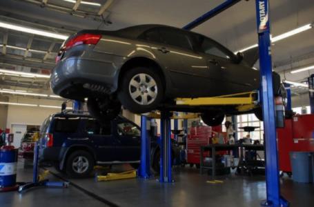 Ce trebuie să știi dacă vrei să-ți deschizi un service auto