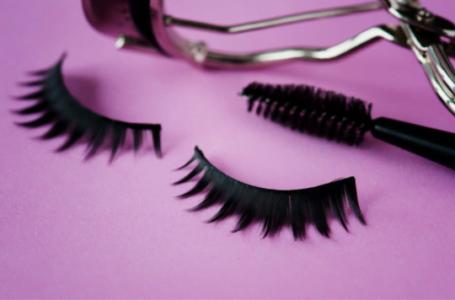 Mascara şi genele false – 8 greşeli pe care să le eviţi