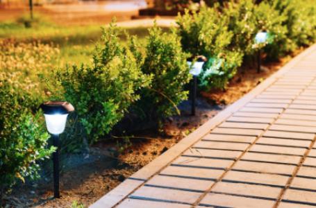 15 avantaje ale lămpilor solare de grădină