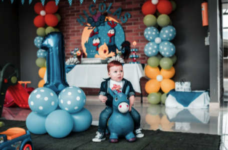 Cum să organizezi o petrecere tematică pentru copilul tău